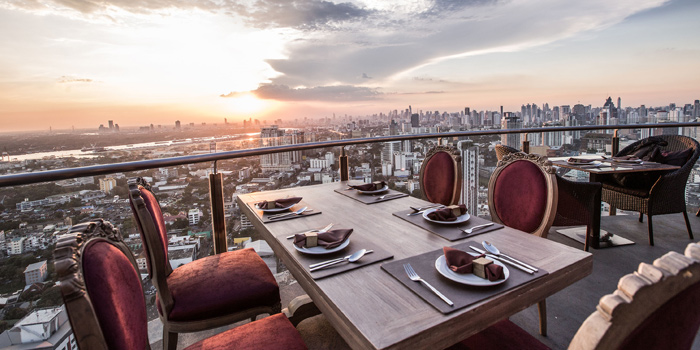Ambience of Ceilo Sky Bar & Restaurant at W District Sukhumvit 69-71, Sukhumvit Rd Phra Khanong Nua Wattana, Bangkok