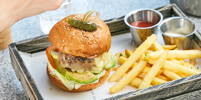 Escape Burger from Escape Bangkok at Emquartier, Building 5 5th Floor, Wattana Bangkok