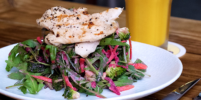 Raw Salad with Chicken from Erwin