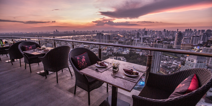 The View of Ceilo Sky Bar & Restaurant at W District Sukhumvit 69-71, Sukhumvit Rd Phra Khanong Nua Wattana, Bangkok