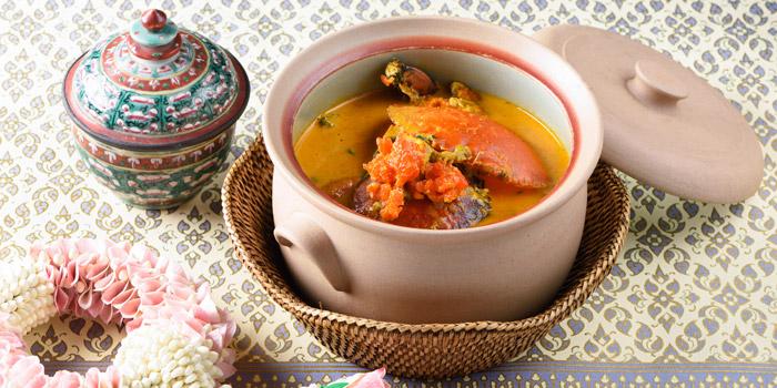 Curry with Crab from Baan Khanitha by the Rive at Charoen Krung Rd Wat Phraya Kra, Bang Kho Laem Bangkok