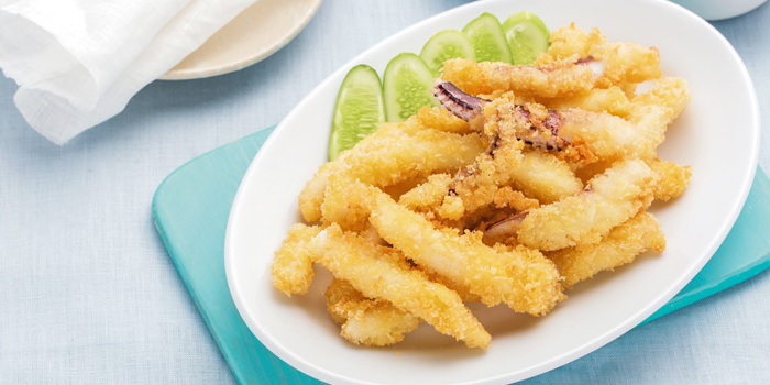 Deep Fried Squid from Laem Charoen Seafood at Central World, 3rd floor Ratchadamri, Patumwan Bangkok