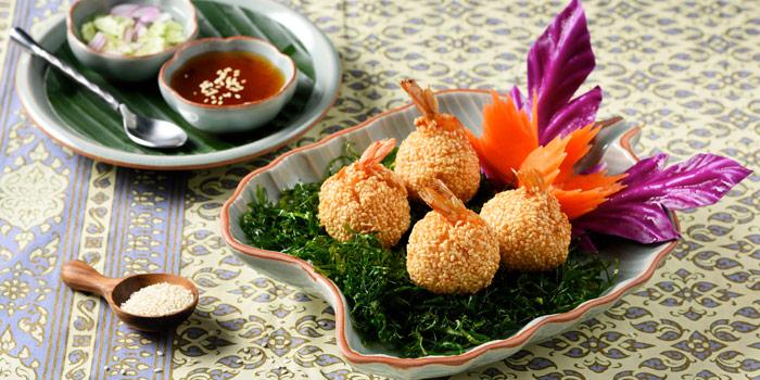 Shrimp Cake from Baan Kanitha Thai Cuisine at Sukhumvit 23 Sukhumvit Road, Klongtoey-Nua Wattana, Bangkok