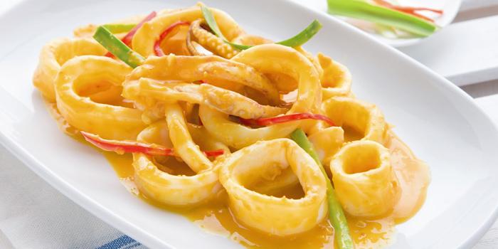 Stir-Fried Squid with Salted Egg from Laem Charoen Seafood at Siam Paragon, 4 floor Unit 413-4, Rama 1 Rd Patumwan, Bangkok