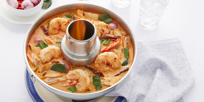 Tom Yum Goong from Laem Charoen Seafood at Emquatier, 7 Flr. Unit 7A04, Sukhumvit Road Klongton-Nua, Wattana Bangkok