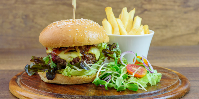 Burger from Trilogy Restaurant in Cherngtalay, Phuket, Thailand