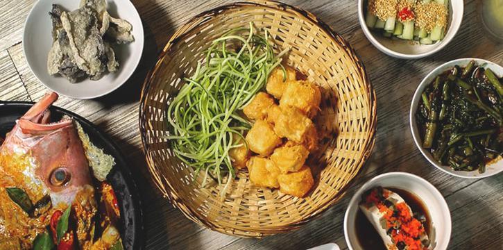 Food Spread from Jiak Modern Tzechar (Hillview) in Bukit Timah, Singapore