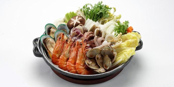 Assorted Seafood Hop Pot, Zzang, Causeway Bay, Hong Kong