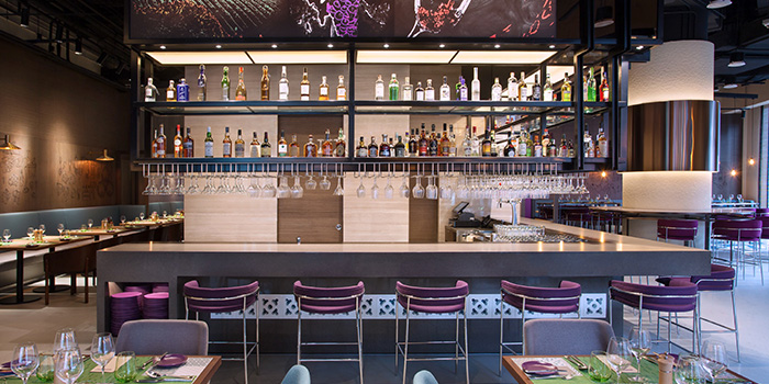 Bar at Winestone at Mercure Singapore on Stevens in Tanglin, Singapore
