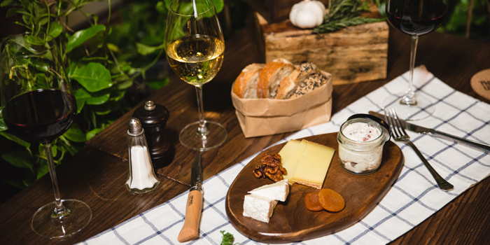 Cheese Platter from The Bar Upstairs at 3rd Floor Brasserie Cordonnier 32 Soi Sukhumvit 11,Khlong Toei Nuea Bangkok