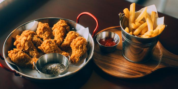 Fried Chicken From GAJA Korean Gastrobar at 4 Naradhiwas Rajanagarindra Soi 4 Yannawa,Sathorn Bangkok