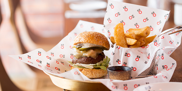 Hops Blt Burger, Bib n Hops (Quarry Bay), Quarry Bay, Hong Kong