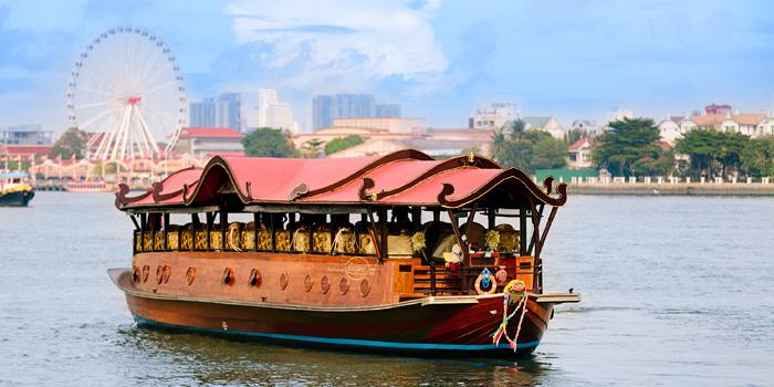 Manohra Cruise at Anantara Riverside Bangkok Resort 257/1-3 Charoennakorn Road,Thonburi,Bangkok