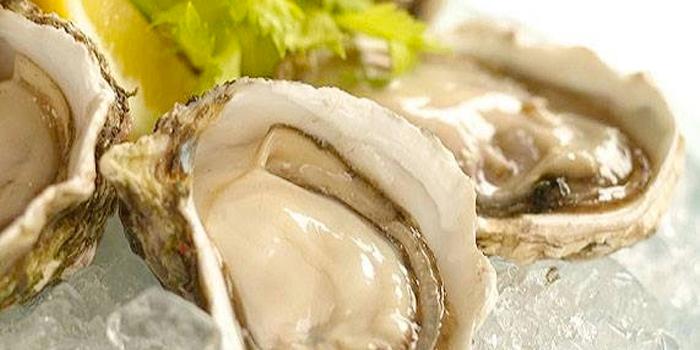 Oyster from Baan Ra Tree in Panwa, Phuket, Thailand.