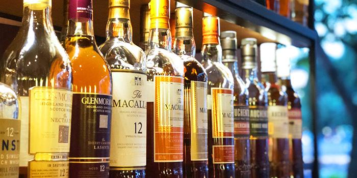 Whisky from Ricciotti (Riverwalk) in Clarke Quay, Singapore
