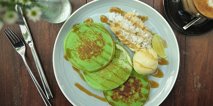 Pandan Pancakes from Bee