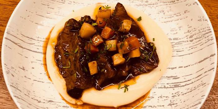 Braised Beef Cheek from Cavemen Butchery, Coffee & Kitchen in Balestier, Singapore