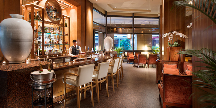 Bar from Lobby Lounge in Conrad Centennial Hotel in Promenade, Singapore