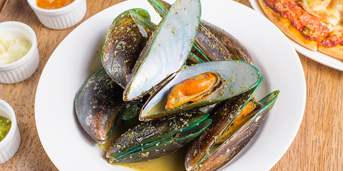 Mussels from DePizza in Boat Quay, Singapore