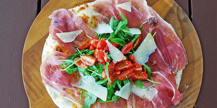 La Pizzeria at Bridge and Beacon Bar