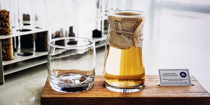 Tea from Pacamara Boutique Coffee Roasters in Thomson, Singapore