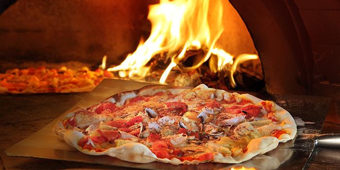 Trapizza24 from Trapizza in Sentosa, Singapore
