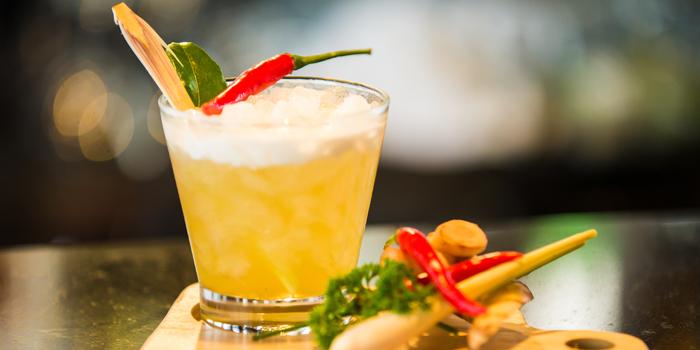 Signature Cocktail from Zook Rooftop Bar at Zazz Urban Hotel 308/1 Rama 9 Road Huai Kwang, Bangkok