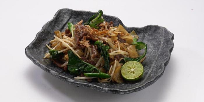 Stir Fried Rice Noodle with Kale, V.THAi, Causeway Bay, Hong Kong