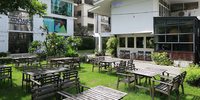 Outdoor Area of Kram at 113 Sukumvit 39, Klongton Nua Wattana, Bangkok