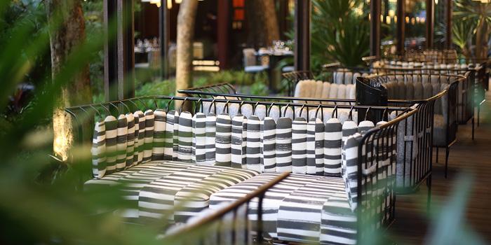Outdoor Area from Spirit Jim Thompson at 16 Soi Somkid, Lumphini Pathumwan, Bangkok