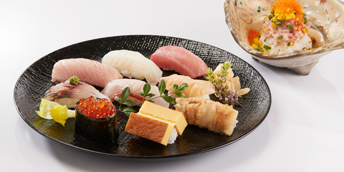 Sushi Platter from Sushi Cyu at CENTRAL WORLD 3rd Floor, Atrium Zone 999/9 Rama 1 Road Patumwan, Bangkok