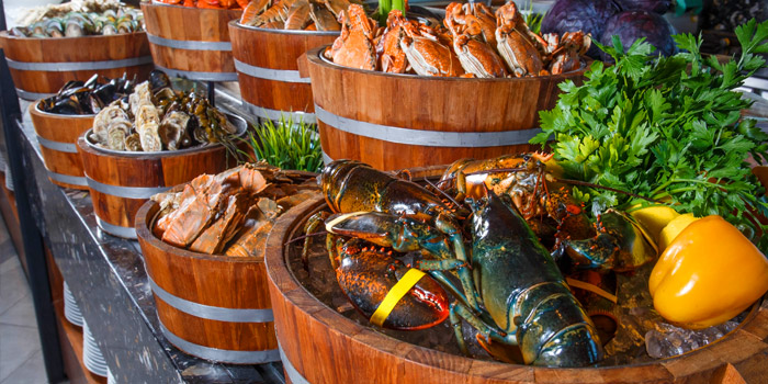 Sunday Brunch from Amaya Food Gallery at Amari Watergate Bangkok Hotel 847 Phetchaburi Road Makkasan, Ratchathewi Bangkok