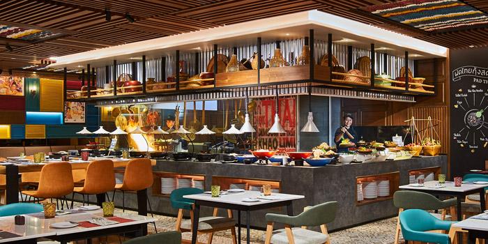 Thai Section from Amaya Food Gallery at Amari Watergate Bangkok Hotel 847 Phetchaburi Road Makkasan, Ratchathewi Bangkok