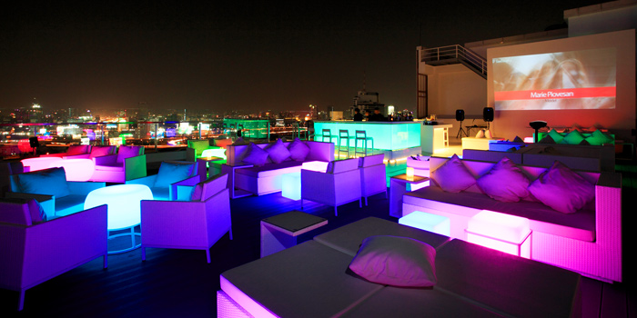 Ambience of WALK Rooftop Bar at Centara Watergate Pavillion Hotel Bangkok 567 Ratchaprarop Rd Makkasan, Ratchathewi Bangkok