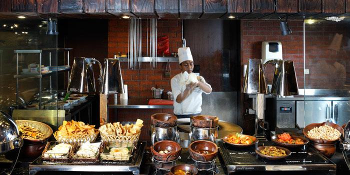 Dish 2 at Cafe Gran Via, Gran Melia Jakarta
