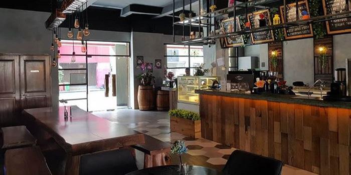 Interior 1 at Grob Kaffee