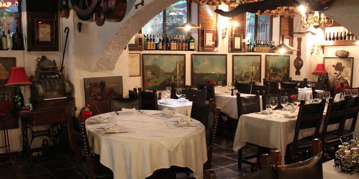 Dining Area, La Taverna Ristorante, Tsim Sha Tsui, Hong Kong