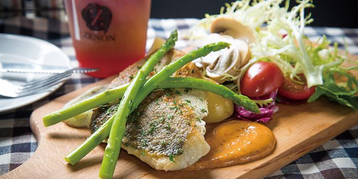 Fish, Zenon Cafe, Central, Hong Kong