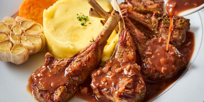 Lamb Chops with Mashed from El Toro House of Meat at 519 Sukhumvit Road Kwaeng Klong Toey Nua, Wattana Bangkok
