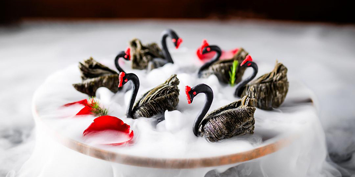 Black Swan Dumpling at Li Feng, Mandarin Oriental Jakarta
