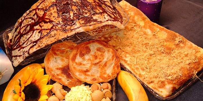 Assorted Prata from Casuarina Curry (MacPherson) in Paya Lebar, Singapore