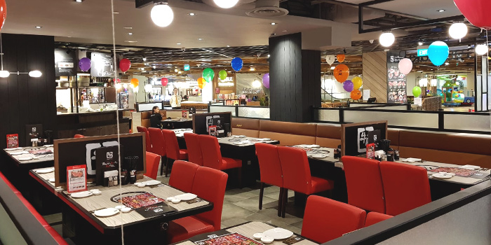 Interior of Gyu-Kaku (The Centrepoint) in Orchard, Singapore