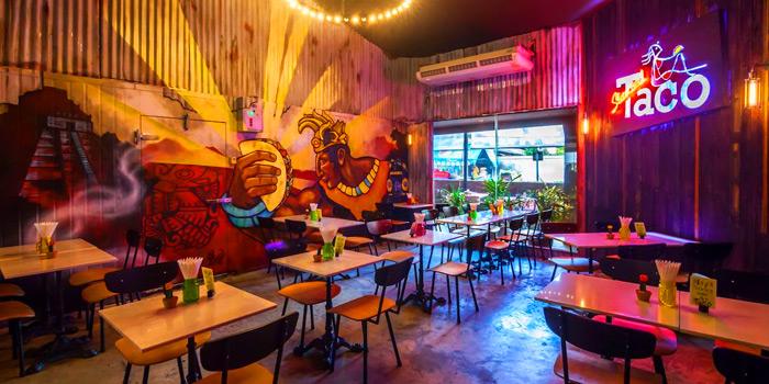 Ambiance from Slanted Taco at 16 Sukhumvit Soi 23 Khlong Toei Nuea Bangkok