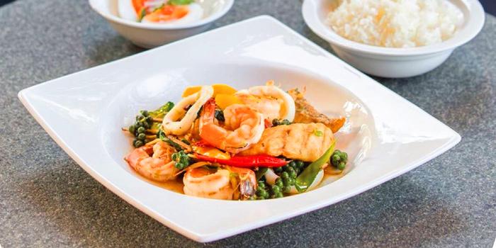 Stir Fried Spicy Seafood from NYE Cafestaurant at 2/1 Soi Chiangmai 1 Chiangmai Road Klongsarn Bangkok
