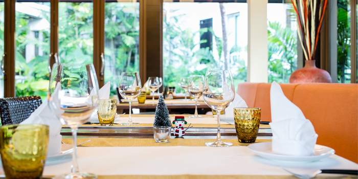 Table Setting from Leonardo Da Vinci Restaurant in Kata Noi, Phuket, Thailand.