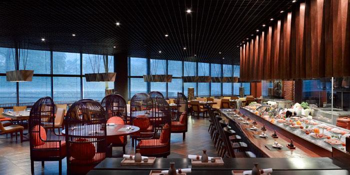 Interior 1 at Yoshi Izakaya, Gran Melia