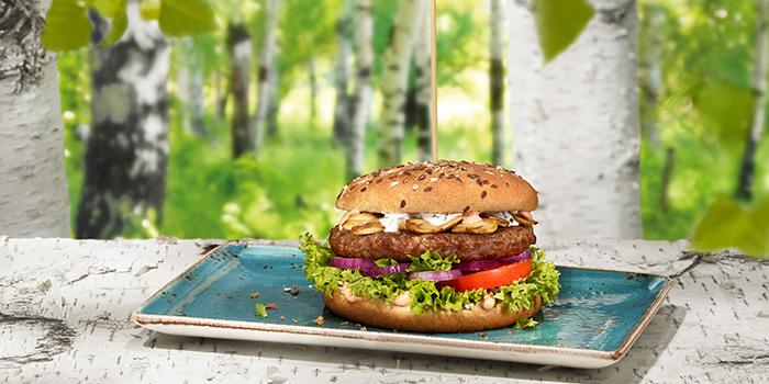 Burger Rind Birkenwald from Hans Im Gluck German Burgergrill in Boat Quay, Singapore