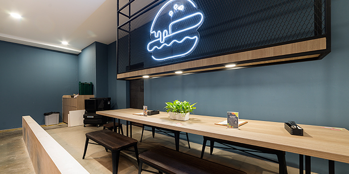 Long Table from GRUB Burger + Noodle Bar at HomeTeamNS-JOM in Balestier, Singapore