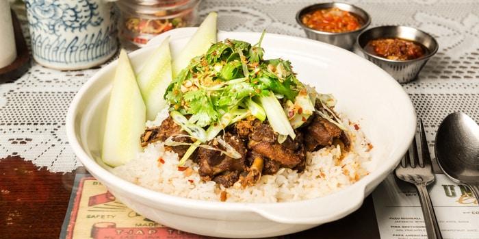 Nasi Bebek Garing with 2 Kinds of Sambal and Garlic Rice at Union Cafe, Senayan City
