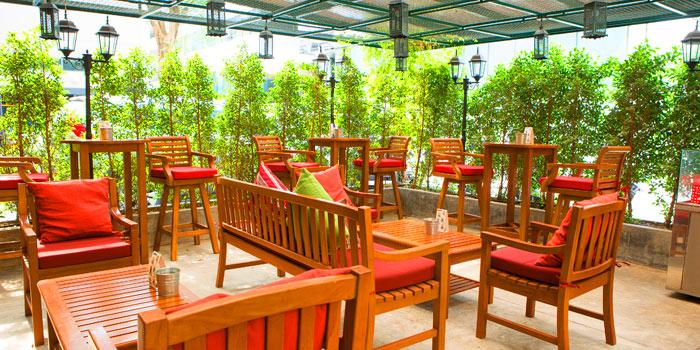 Ambience from Bistro Convent at 40/3 Convent Silom, Bangrak Bangkok